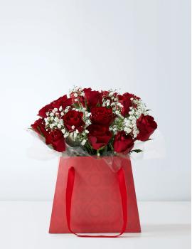 Clássico 12 Rosas Vermelhas